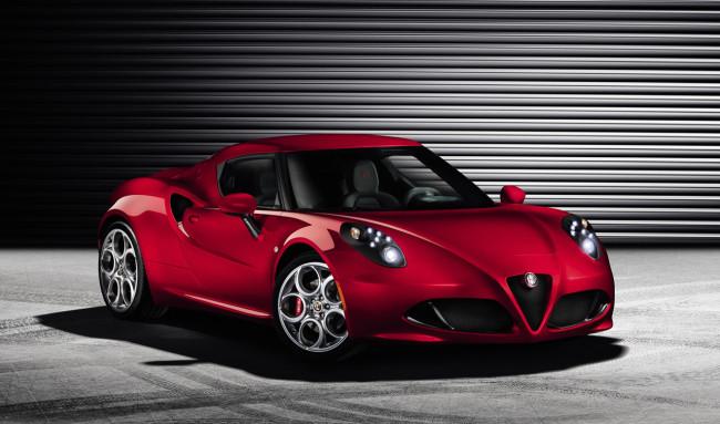 05 Alfa Romeo 4C