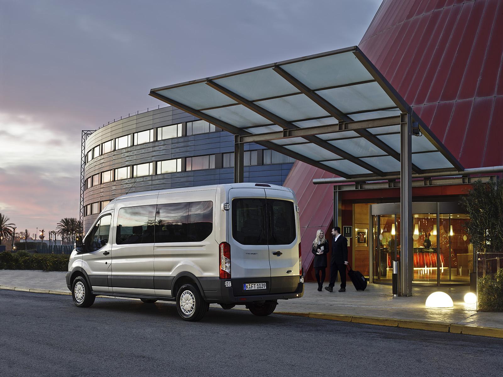 Ford Transit, Грузопассажирский, 6 мест