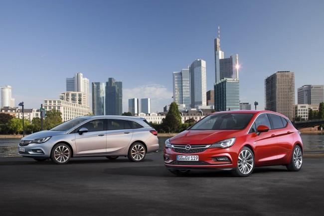 Opel Astra Sports Tourer 12