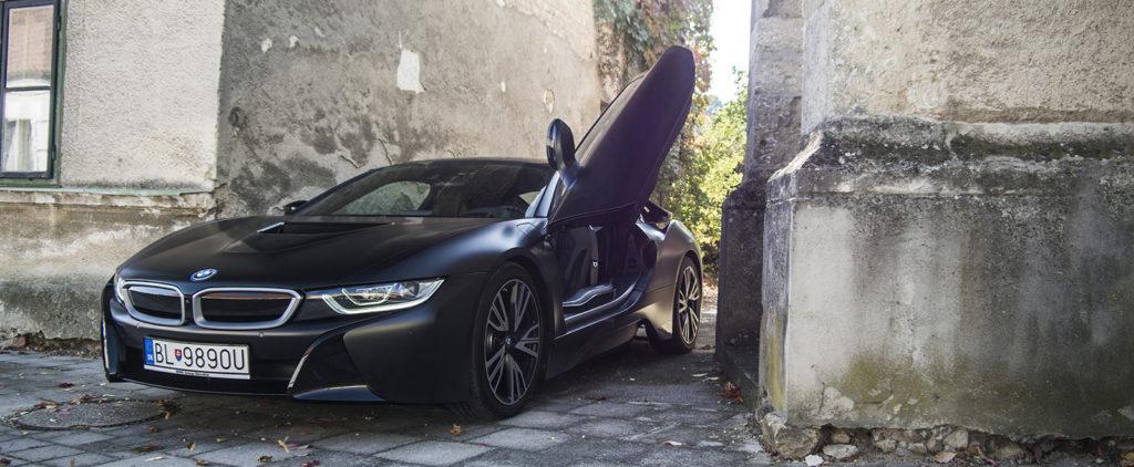 Test BMW i8: Rozruch v Gotham City