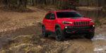 Jeep pripravil pre Cherokee menej extravagantnú tvár