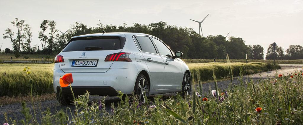 Test Peugeot 308 BlueHDi 130: Malými krokmi vpred