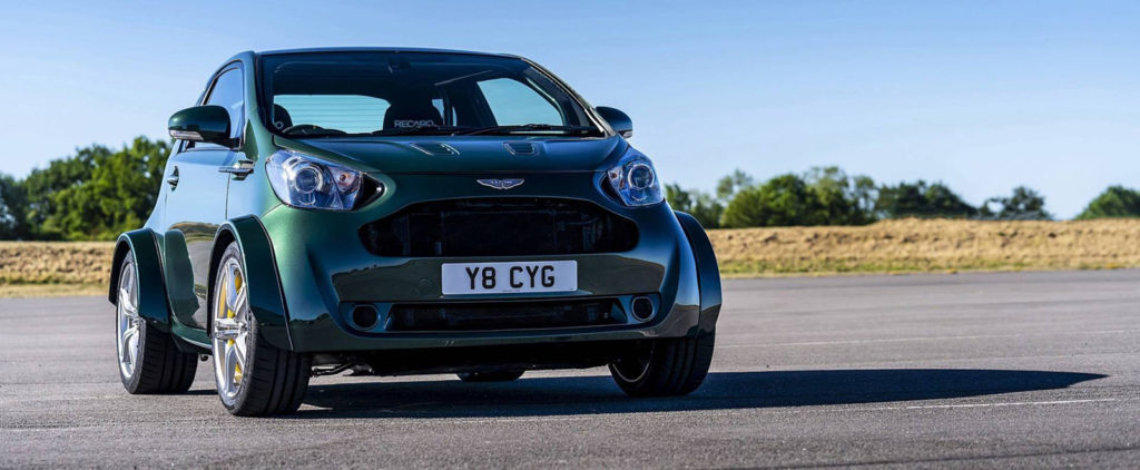 Až osemalec dáva Aston Martinu Cygnet aspoň nejaký zmysel