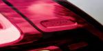 Mercedes-Benz GLE, Exterieur: mojavesilber, Interieur: Leder Rough espressobraun/magmagrau, Zierelemente Holz Walnuss braun offenporig//Mercedes-Benz GLE, exterior: mojave silver, interior: rough leather espresso brown/magma grey, brown open-pore walnut wood trim