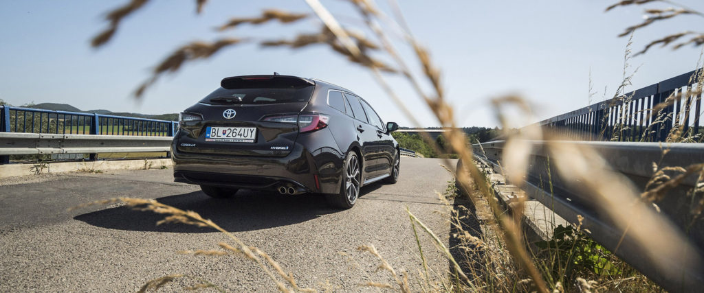Test Toyota Corolla Touring Sports: Silnejší je lepší